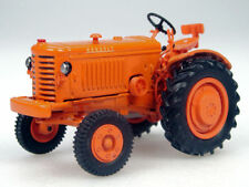 Tractor 9 - Renault R 3042 Tractor - 1950 - Orange - 1/43 Scale - New Bubble Pk