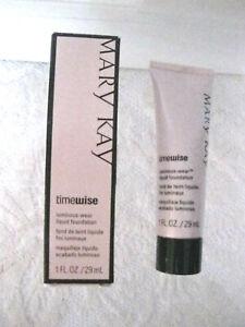 Mary Kay TimeWise Luminous-Wear Foundation Ivory 5 #038701 New with Box  #er-w
