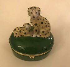 Fitz And Floyd ,2 Labradors On A Green Trinket Box.