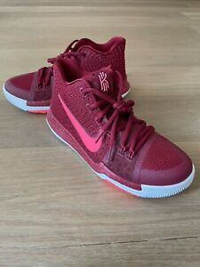 Nike Basketball Shoes Kyrie 3 Youth Boys Girls - US Size 6 - BRAND NEW!