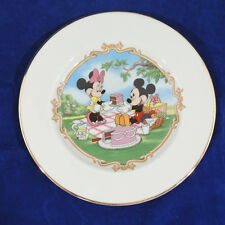 ANIMATED CLASSICS by Lenox Mickey & Minnie Mouse Picnic Cake Plate 8 1/8""