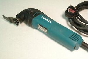 Makita TM3000C 240V 320W Oscillating MultiTool Multicutter + Bosch Blade