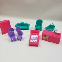 Barbie Dollhouse Furniture Lot of 10 Sofa Chairs Tub Bed Sink Stove Dresser