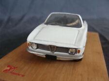 Alfa Romeo GTC GT cabriolet 1/43 Barnini firenze toys vintage