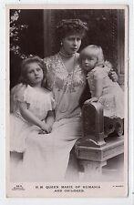 H M QUEEN MARIE OF RUMANIA & CHILDREN: Royalty postcard (C22735)