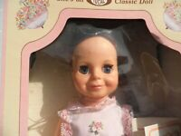 """Vintage 15"""" Ideal 1982 Beautiful Growing Hair Crissy Doll - NRFB - Mint - New"""