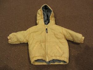Yellow Old Navy Hooded Toddler Jacket - Size L 12-24 Months