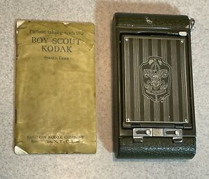 Vintage 1930 Kodak Boy Scout Camera  with Leather Case  Manual        DM
