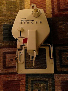 Singer Deluxe Monogrammer VERTICAL Needle ZigZag Sewing Machine 171278 17 cams