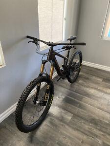 "2021 Santa Cruz Nomad CC X01 Medium 27.5"" Oxblood Carbon Mountain Bike"