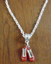 collier chaine argenté 52 cm avec pendentif ballerines rouges 19x14 mm