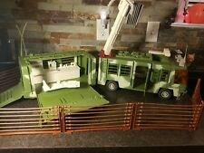 AWESOME 1997 Kenner Jurassic Park The Lost World Mobile Command Center Trailer