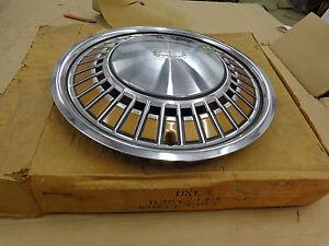 FORD OEM NOS D4GY-1130-J 74 Mercury Montego Painted Edge Wheel Cover Hub Cap NEW