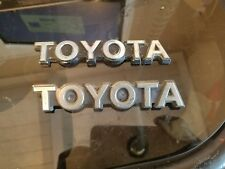 VINTAGE TOYOTA PICK UP FENDER EMBLEM SET