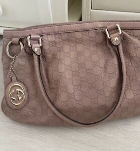 Authentic Gucci  Leather Pink Guccissima Hand Bag