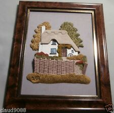 """LILLIPUT LANE  """"CATSLIDE COTTAGE  WALL PLAQUE"""" MINT IN BOX  NO CERTIFICATE NEW"""