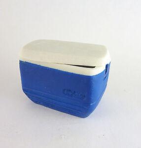 Dollhouse Miniature Blue Camping Cooler, A3108BL