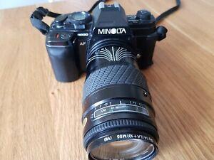 Minolta 9000 AF mit Objektiv