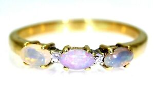 Pretty Opal Trilogy 9ct Yellow Gold Ring size S 1/2 ~ 9 1/2
