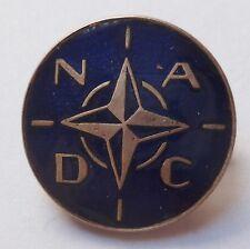 Insigne boutonnière OTAN NADC ETAT MAJOR COMMANDEMENT SECTEUR DEFENSE ATL. NORD