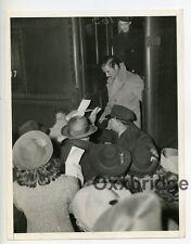 Errol Flynn Signing Fan Autographs 1939 Candid Photo Hollywood Star Actor J4829