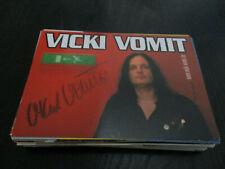 Vicki Vomit Model TV Musik Film original signierte Autogrammkarte