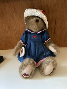 NWT Boyds T. J.'s Best Dressed Pamela P. Patchbeary #912017  17 Inch HIgh