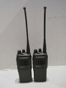 2 X Motorola MTX850-LS 800MHz Two Way Portable Radio Model AAH25UCC6DU3AN W/Batt
