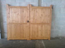LODGE STYLE DRIVEWAY GATES MADE TO YOUR REQIUREMENTS