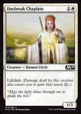 MTG Magic - (C) Core Set 2019 - Daybreak Chaplain FOIL - NM/M