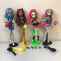 Monster High Ghouls Night Out 4 Doll Set Rochelle, Clawdeen, Ghoulia & Venus Lot