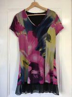 Cordelia Street Size 12 Multicoloured Abstract Print V Neck Short Sleeve Dress