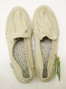 Sanuk Womens Walking Pair O Dice Beige Khaki Canvas Shoes Flats US 7.5 EU 38.5