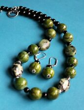 Beautiful! Natural AFRICAN GREEN JADE Necklace Set- Strand