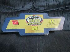 DAYTONA 500 50 YEARS BOWTIE TIN 4 CAR SET 1/64 2008