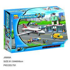 Woma Flughafen mit Tower Rettungsautos Flugzeug Bausteine Set 791 Teile J5668A