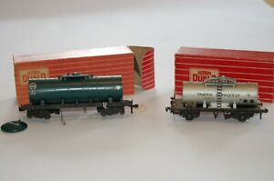 Hornby Dublo Traffic Services and Caustic Liquor Tanks