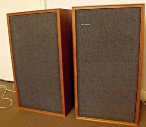 Vintage Tandberg TL 2510 great sounding rare speakers working very well