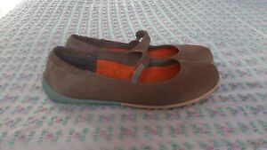 camper beige mary janes shoes size 5