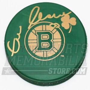 Zdeno Chara Boston Bruins Signed Green St. Patricks Day Irish Bruins Logo Puck