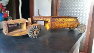 vintage boomaroo dump truck scraper mining tin  toy