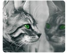 Mauspad aus der Edition Colibri: zwei graue Katzen mit grünen Augen