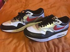 Nike Air Max Shoe Men 10.5 Women 12