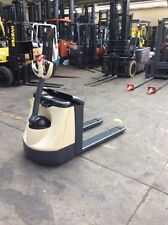 CROWN ELECTRIC PALLET MOVER/TRUCK/JACK FULLY REFURBISHED NEGOTIABLE