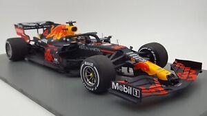 SPARK 18s476 118 2020 RedBull RB16 Alexander Albon Barcelona Test F1 Model