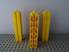 LEGO 30646A YELLOW SUPPORT WITH GROOVE TOP PEG & LATTICE ON 2 SIDES x 4