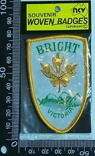 VINTAGE BRIGHT VICTORIA EMBROIDERED SOUVENIR PATCH WOVEN CLOTH SEW-ON BADGE