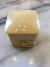 ANTIQUE CELLULOID  BEIGE SQUARE HINGED RING BOX