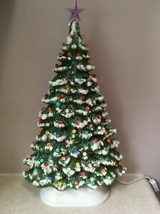 """17"""" Ceramic CHRISTMAS TREE With Base GREEN Snow Tipped OVAL Multi Color VINTAGE"""