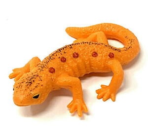 YOWIE Red-Spotted Newt Colors of Animal Kingdom Collection Orange Toy Figure